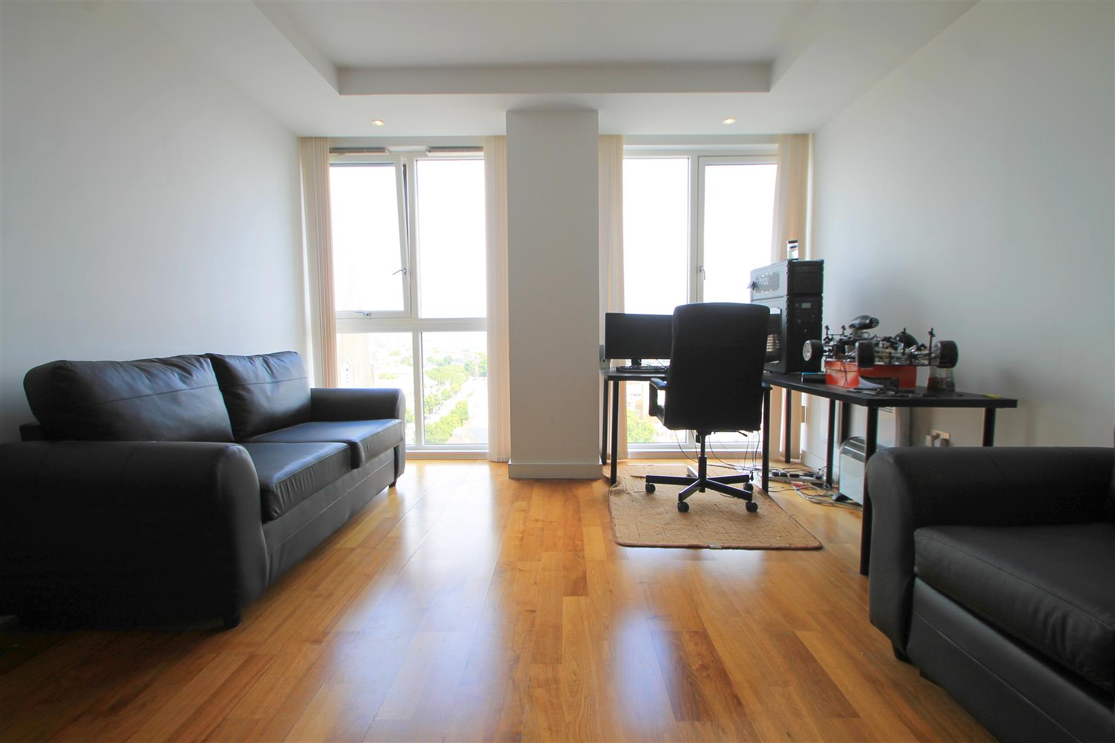 1 Bedroom Apartment Flat for sale in Admiral House, Cardiff